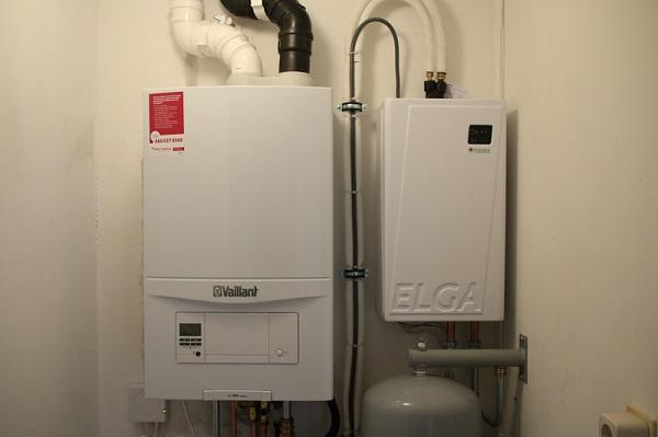 hybride warmtepomp naast CV-ketel